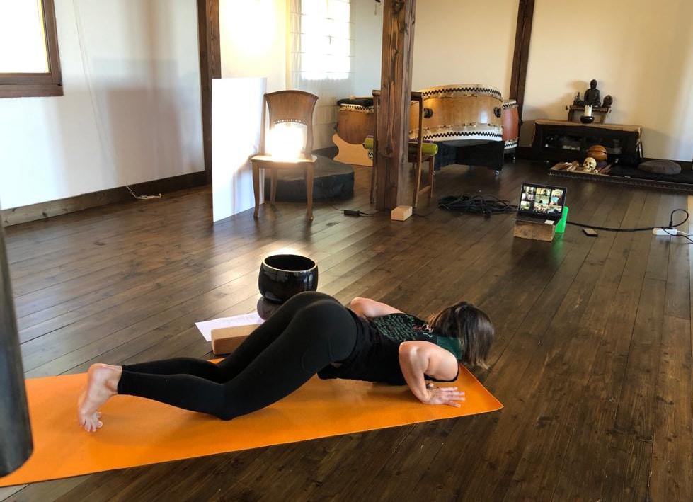 yoga streaming1